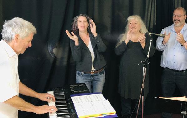 Chant avec Gilles - L'Envolée de Sainte-Agathe-des-Monts