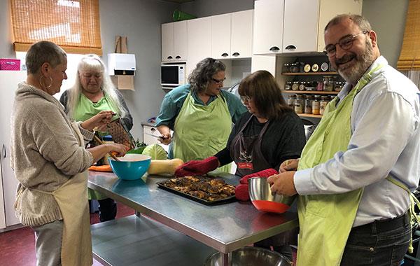 Activité cuisine collective - L'Envolée de Sainte-Agathe-des-Monts